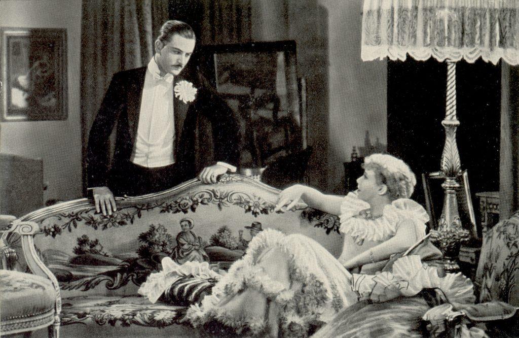 """Hilde von Stolz mit Anton Walbrook in """"Maskerade"""" (1934)"""