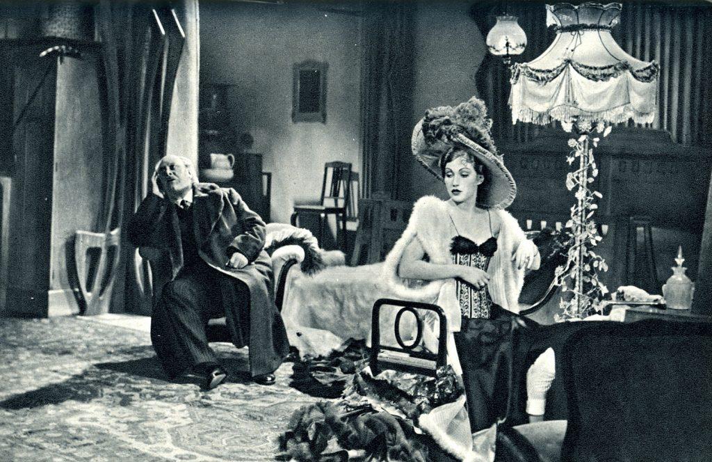 """Hilde von Stolz mit Emil Jannings in """"Traumulus"""" (1936)"""
